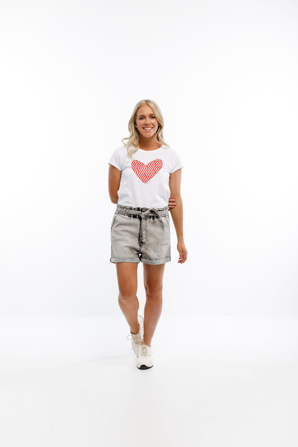 TEE - White with Pink Carnival Heart