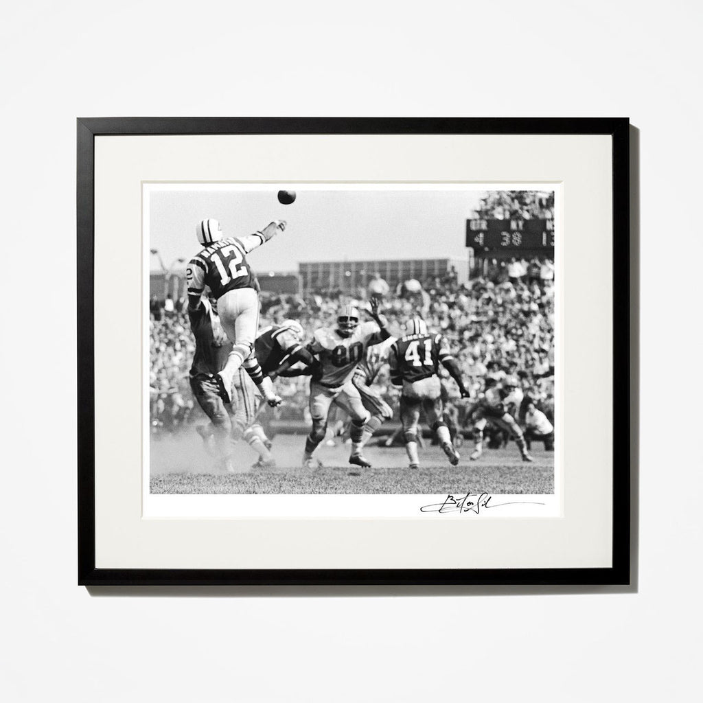 Joe Namath Leaping