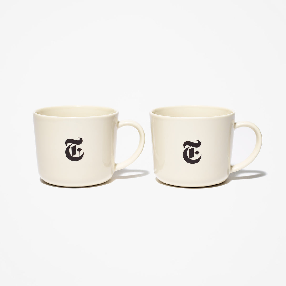 "Set of 2 Porcelain ""T"" Mugs"