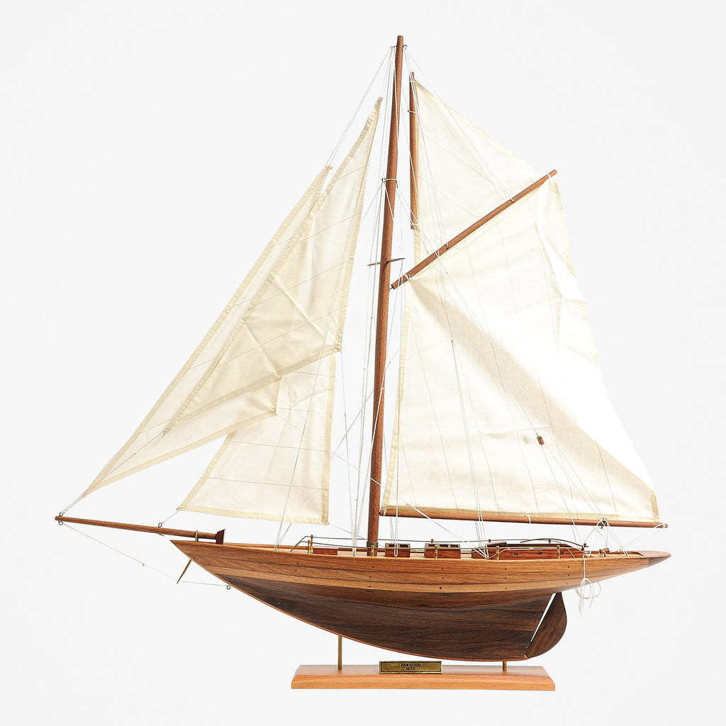 Pen Duick Model Yacht