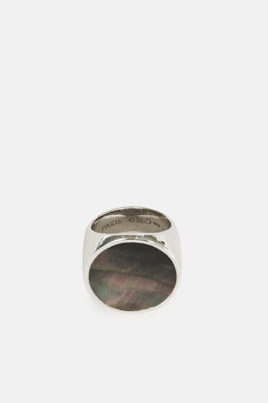 Flush Circle Ring - Black Mother of Pearl