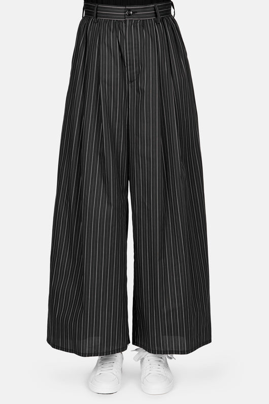 Striped Pleat Front Wide Leg Pant - Black/White