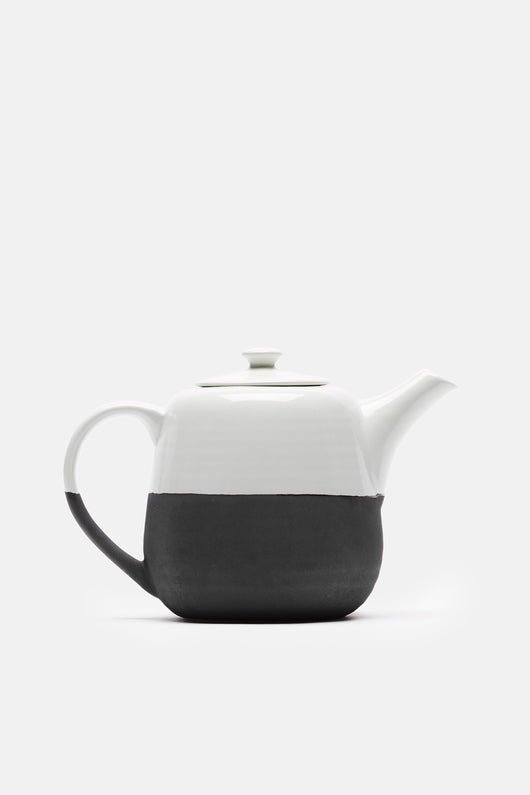 Esrum Teapot