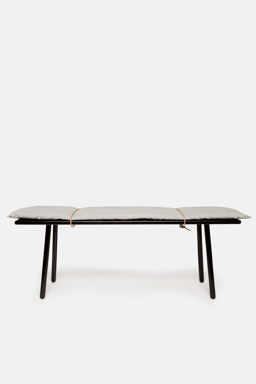 Georg Bench - Black