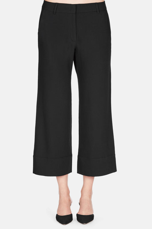 Cropped Baja with Cuff - Black