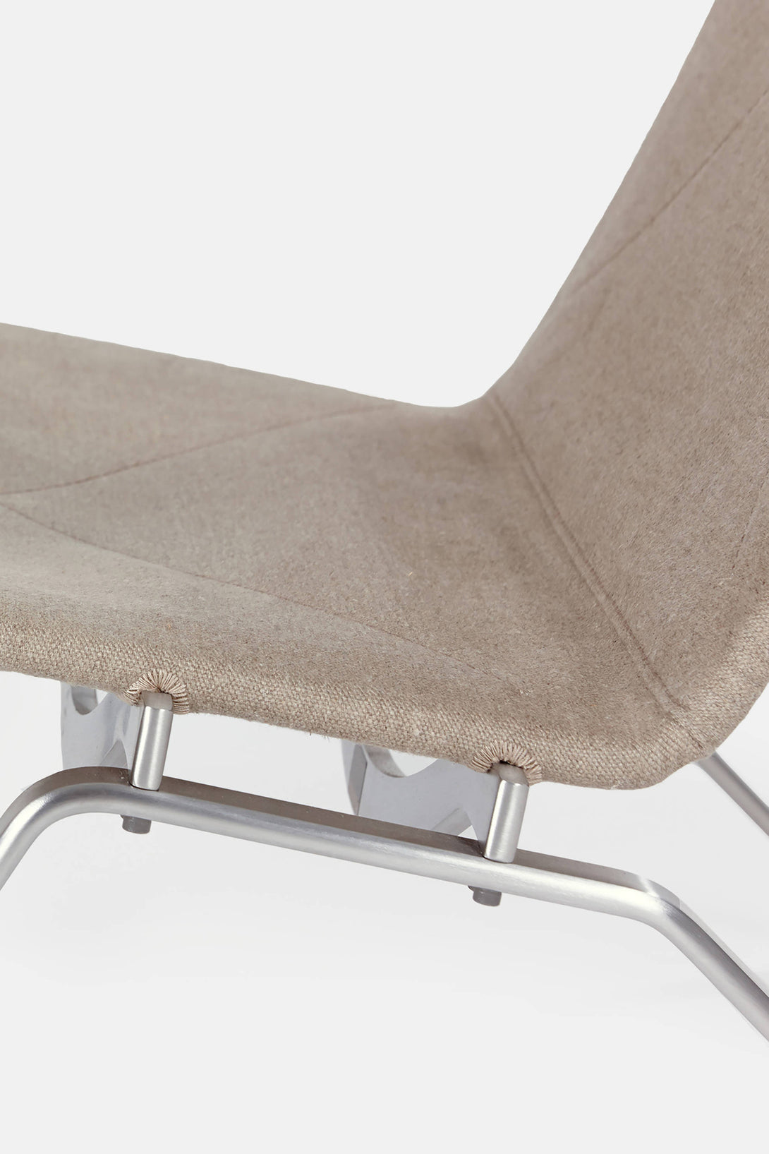 ... PK22 Lounge Chair   Natural Canvas ...