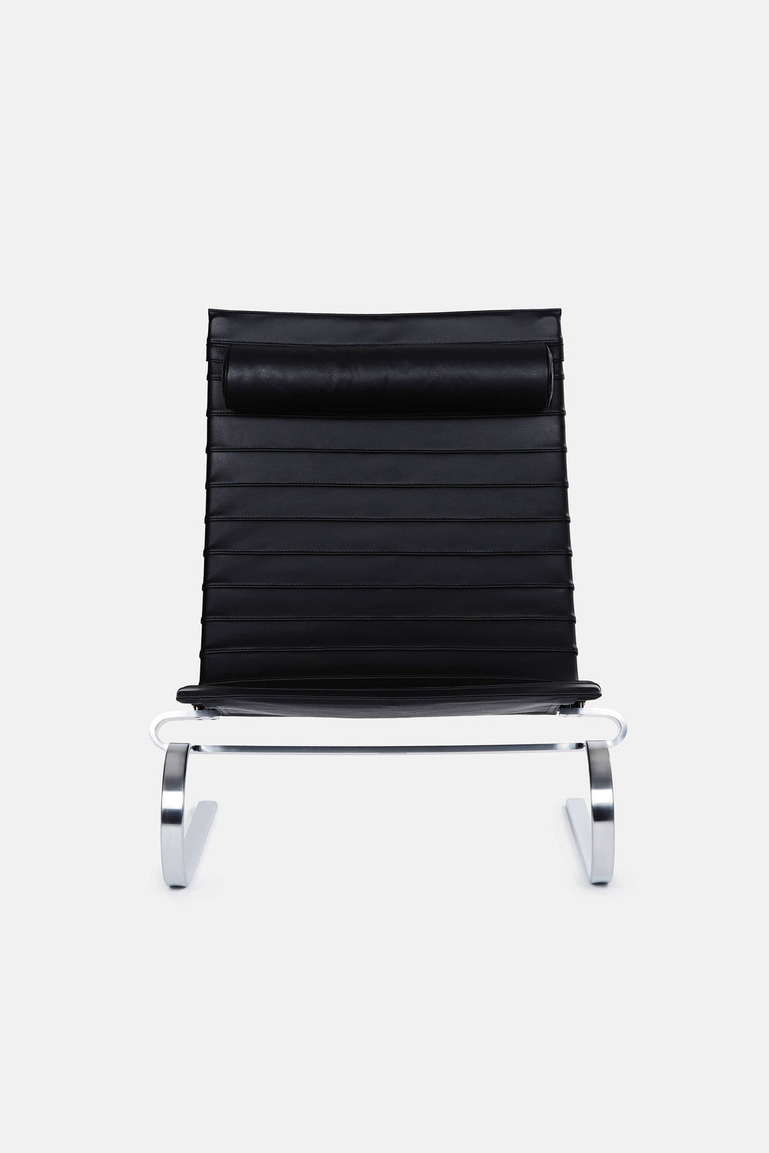 PK20 Lounge Chair - Black Leather