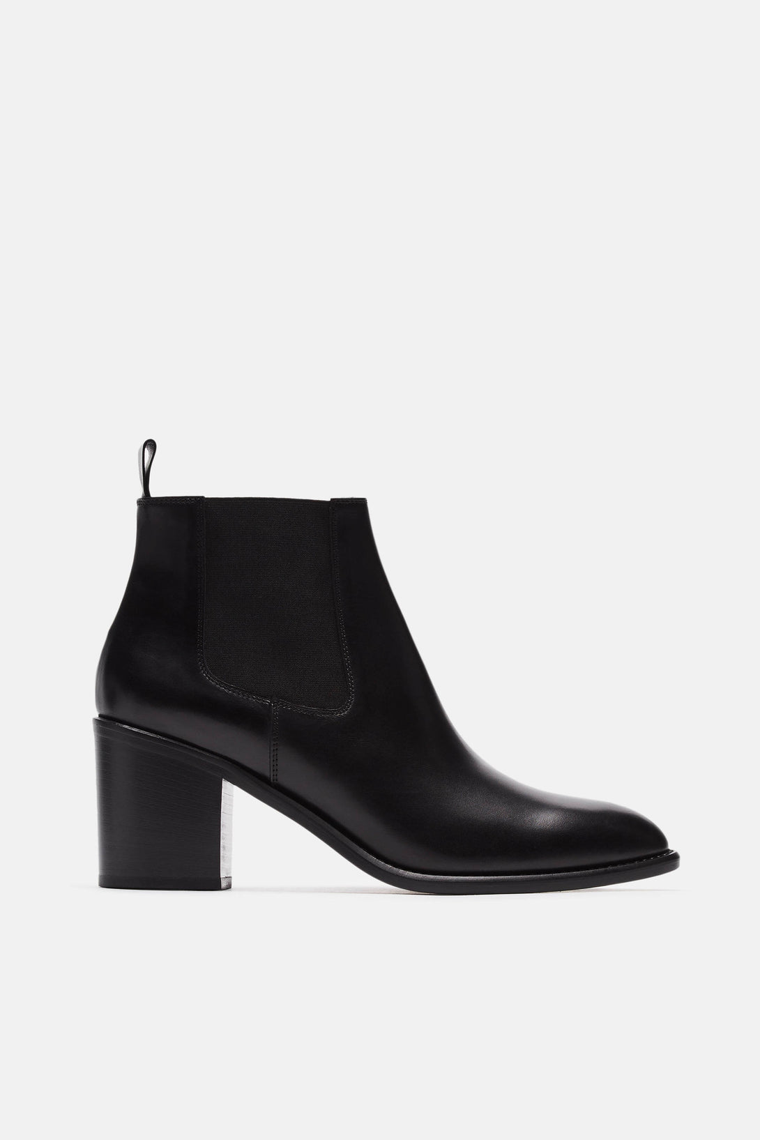 Heeled Chelsea Boot - Black