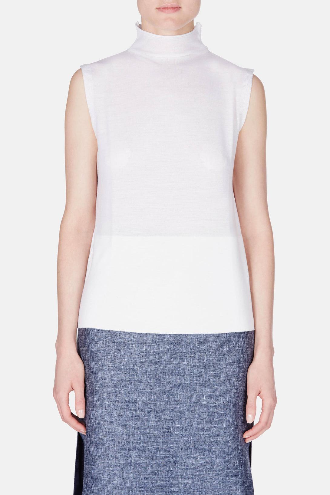 Extra Light Sleeveless Turtleneck - White