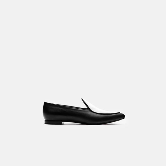 Pointed Toe Flat - Black/White