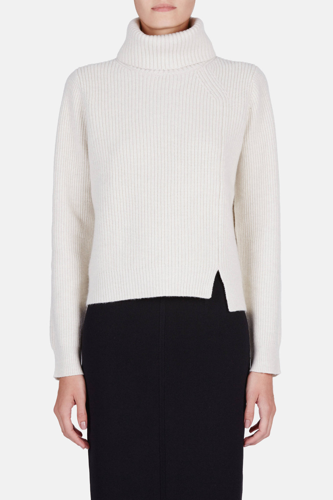 L/S Turtleneck w/Front Slit - Off White