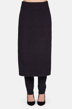 Sweater 14 Ribbed Apron with Side Slits - Black
