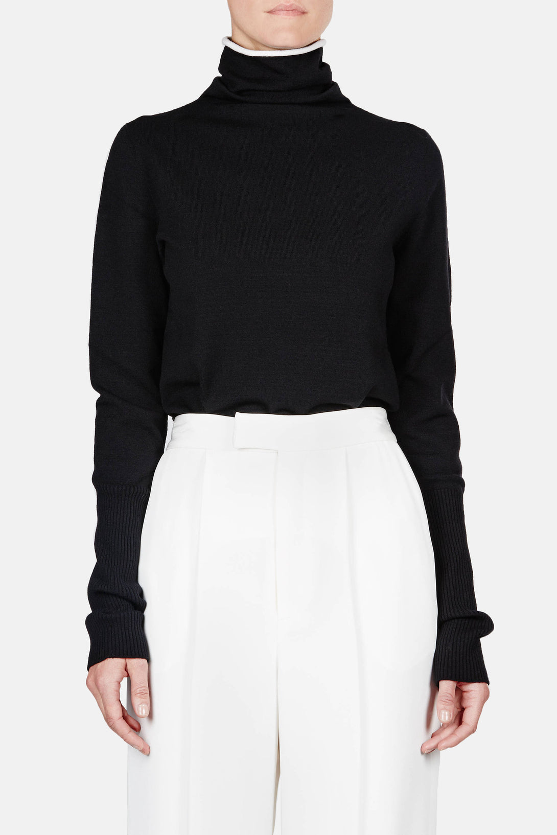 Sweater 01 Line Turtleneck - Black