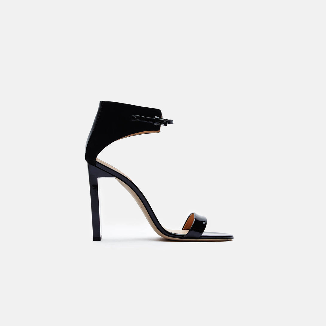 Atlas Sandal - Black
