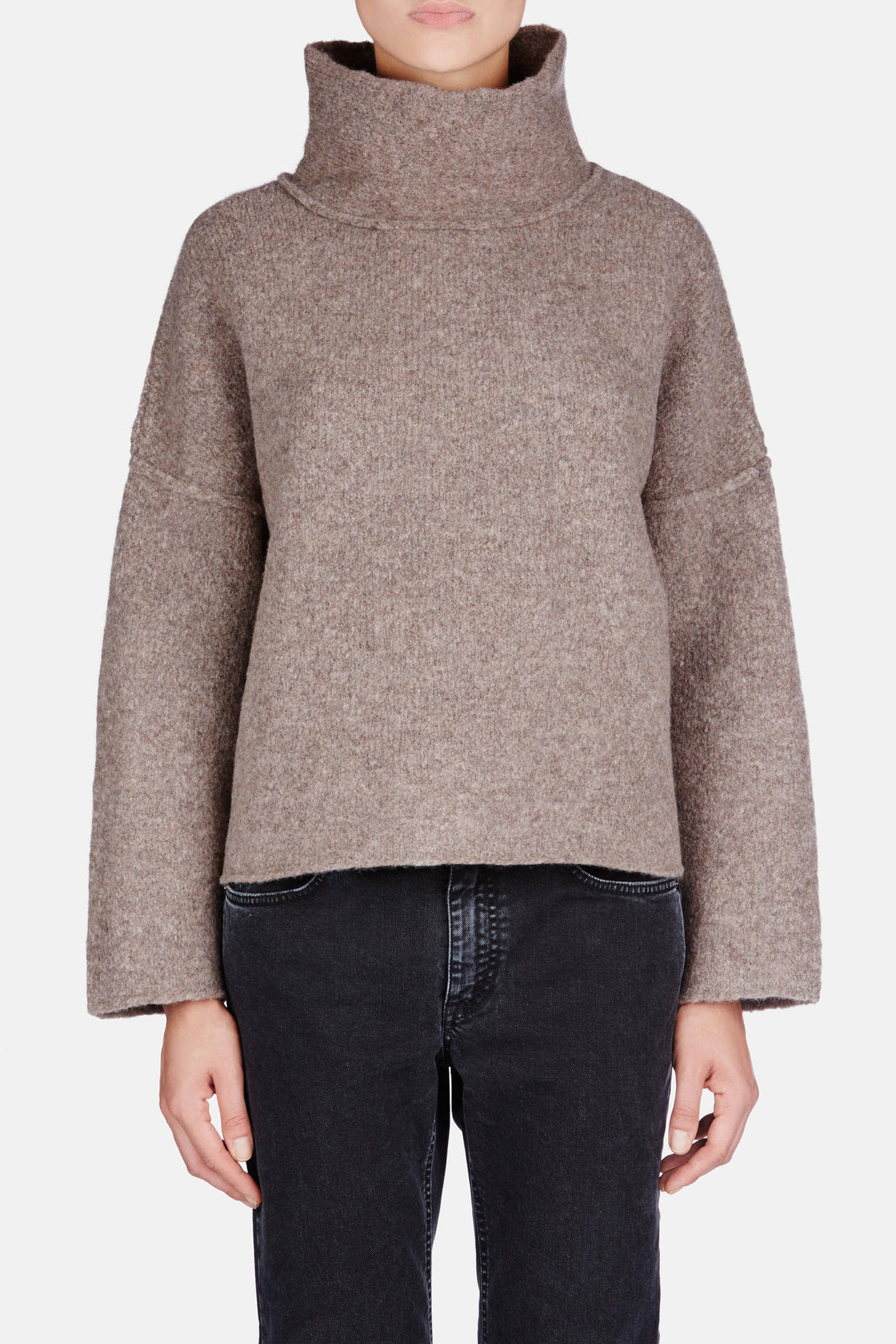 Highland Loose Turtleneck - Oak