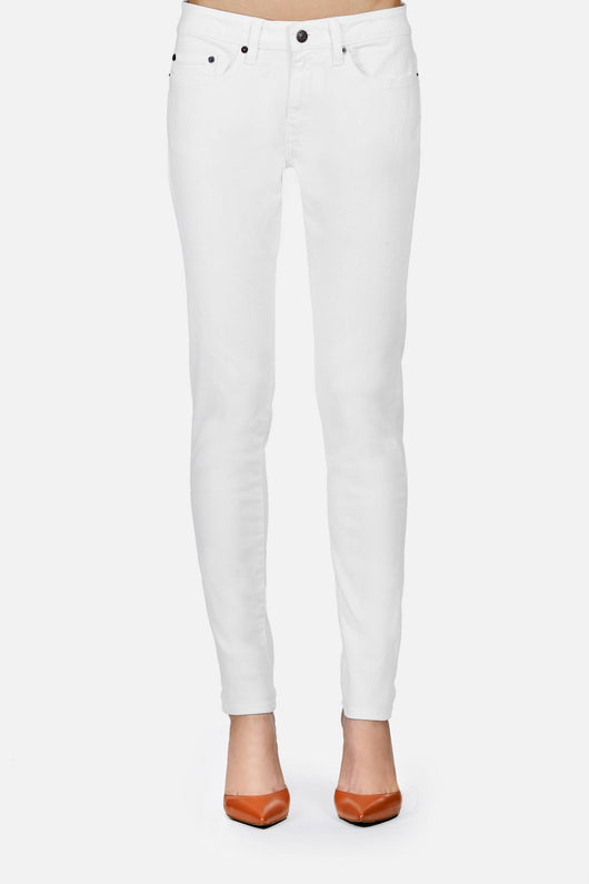 Loose Skinny Jeans - White