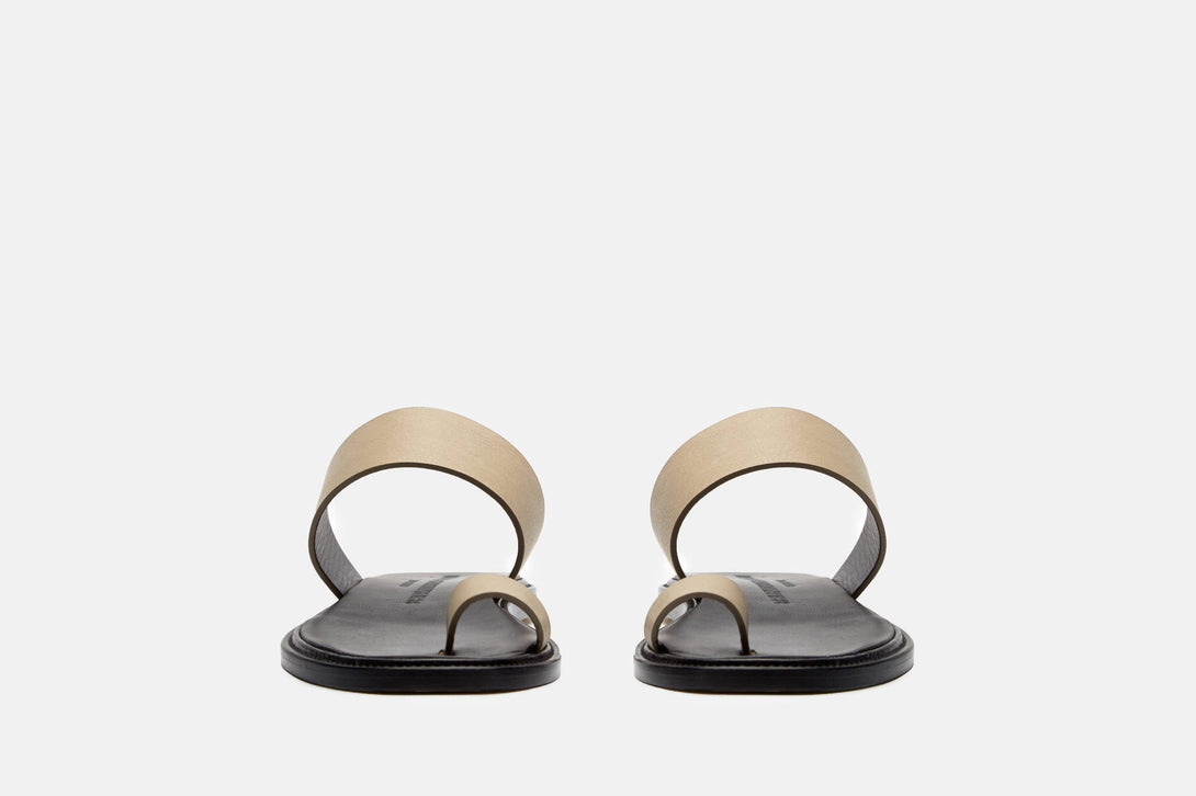 Minimalist Sandal In Leather Olive The Line