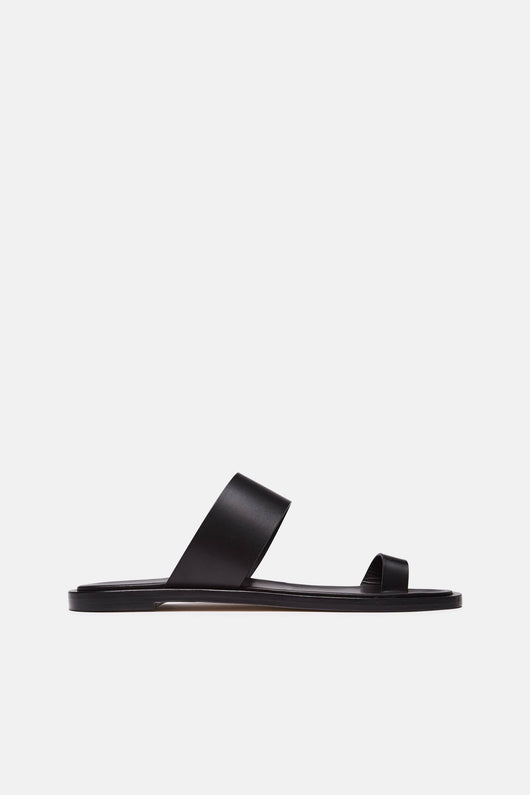 Minimalist Sandal in Leather - Black