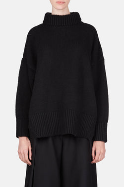 Alisa Oversized Turtleneck - Black
