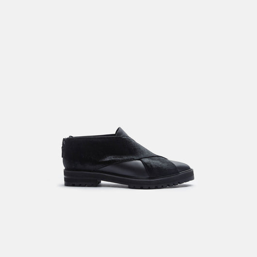 Runway Creeper - Black/Black