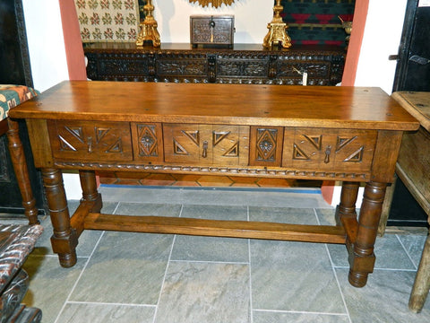Carved single-drawer reproduction cabriole leg console table, cachimbo hardwood