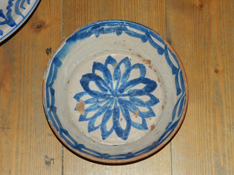 Antique blue, green and white Fajalauza majolica bowl