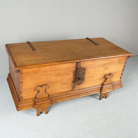 Antique Andalusian dowry chest, pine