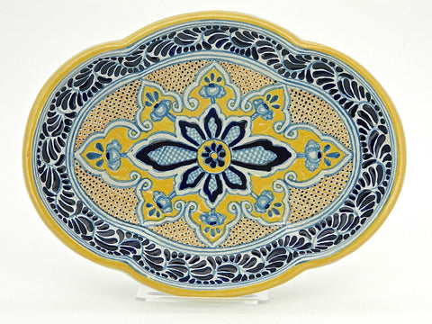 "Large Oval Talavera Serving Platter - ""MEDALLON MORISCO"""