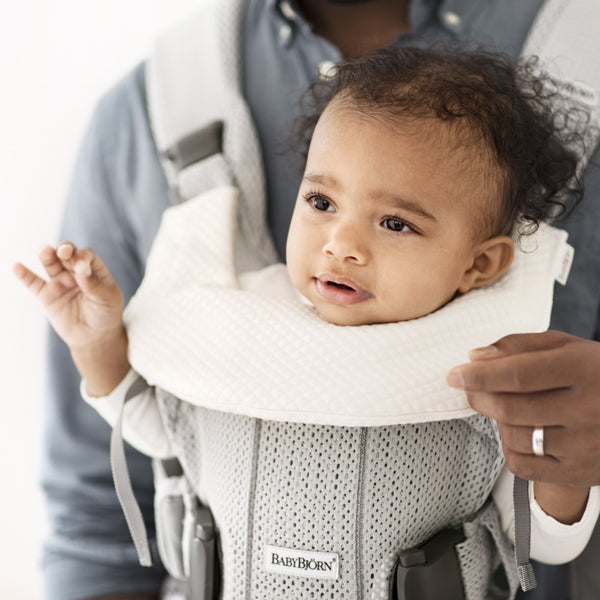 BabyBjorn Teething Bib for Baby Carrier One