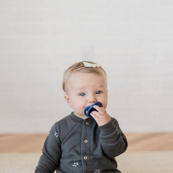 Doddle & Co. The Pop & Go Cleaner Pacifier - Navy