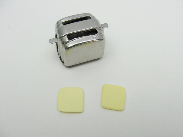Dollhouse Toaster with bread - Miniatures - Craft Supply House