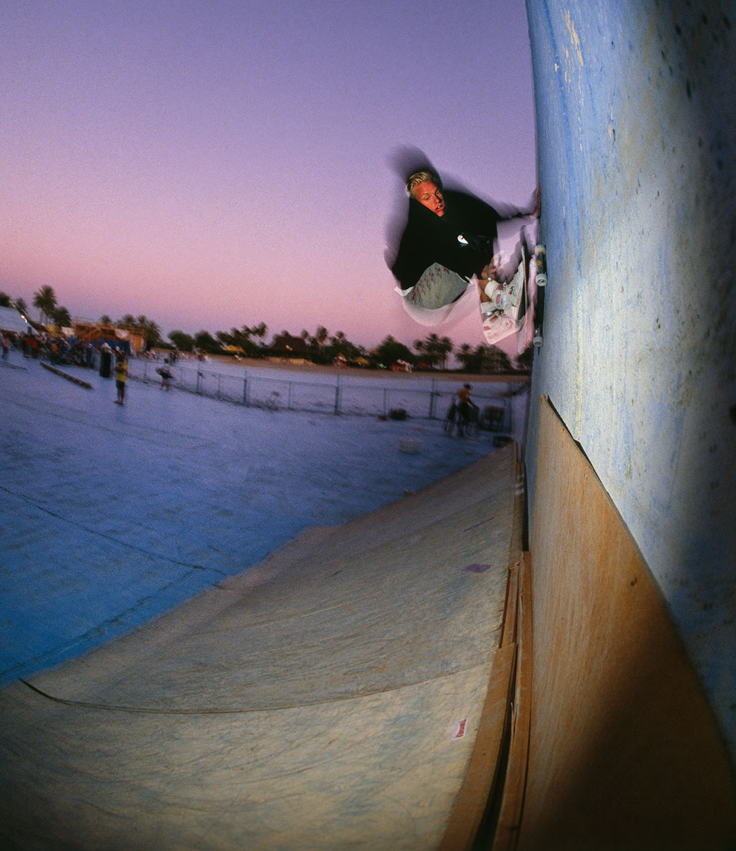 Natas Kaupas Print Frontside Wallride Big Surf Contest in Tempe, AZ