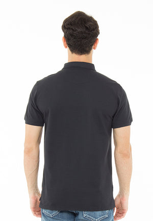 THE ESSENTIAL BLACK POLO SHIRT