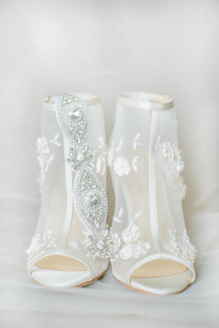 crystal sparkle wedding garter