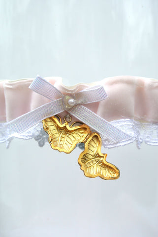 locket wedding garter