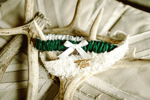 hunter green garter