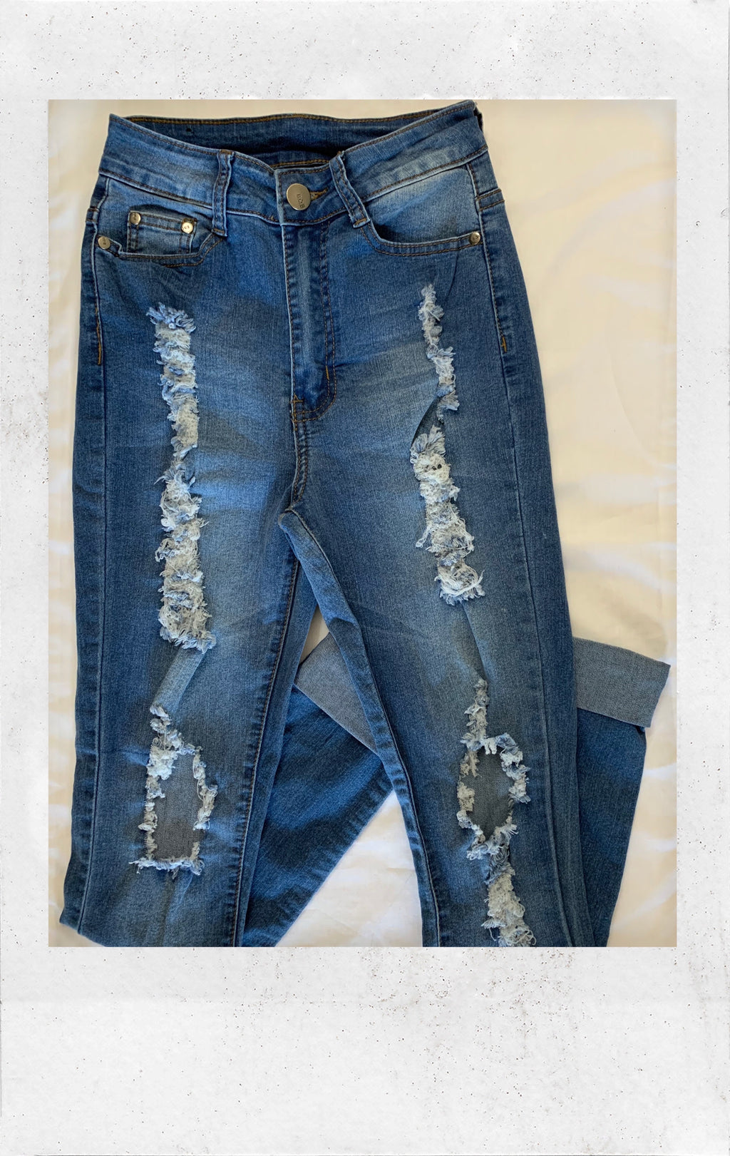 Highwaisted Distressed Jean