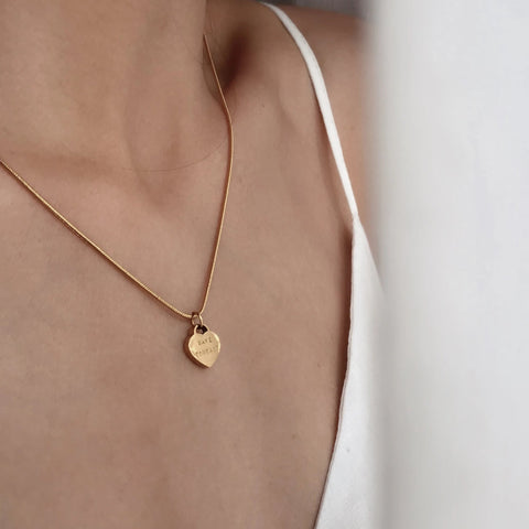 Fyra Bar Necklace
