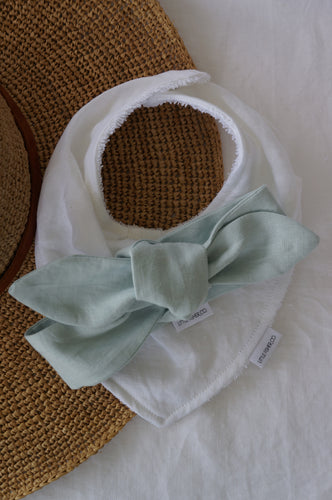 FRENCH LINEN BABY BANDANA BIB & TOPKNOT GIFT SET