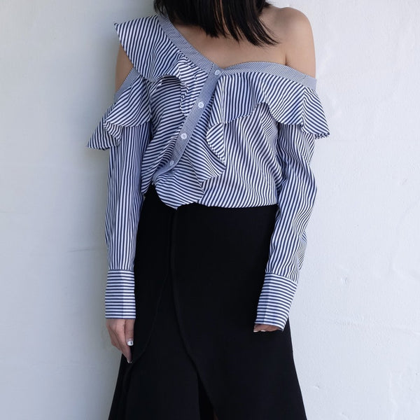Carita Off-Shoulder Poplin Shirt In Navy Stripe