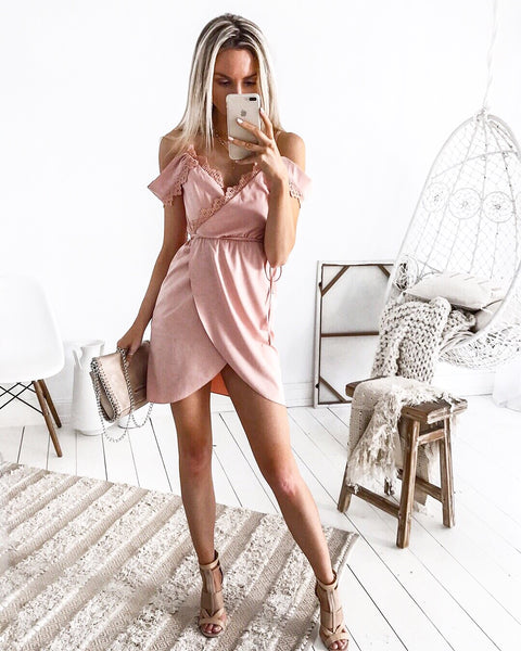 Bella Dress - Blush Pink