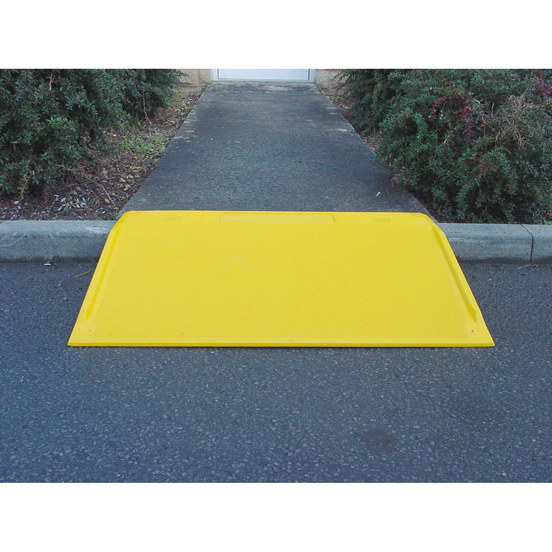 Traffic Line GRP Kerb Ramp (Image 2)