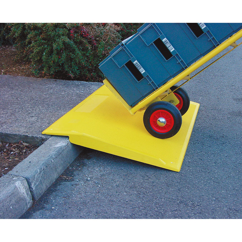 Traffic Line GRP Kerb Ramp (Image 1)
