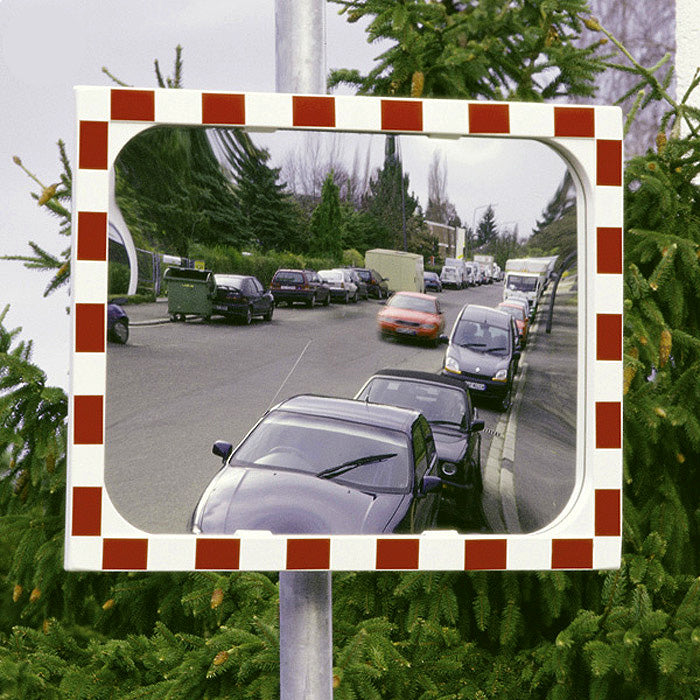 View-Ultra Heated Traffic Mirror 1