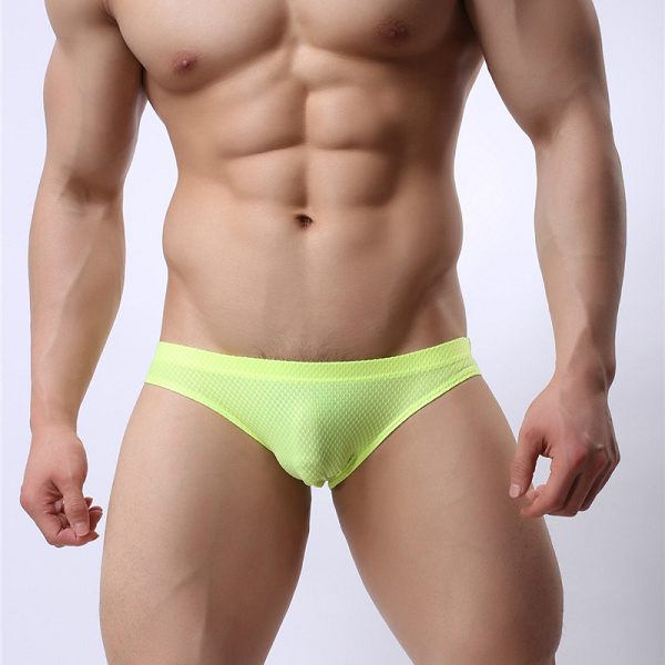Absolutely sexy Bikini underwear for the daring and sexy men (fluorescent green).
