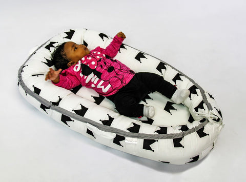 Nuovo - Portable Baby Bed - Crown