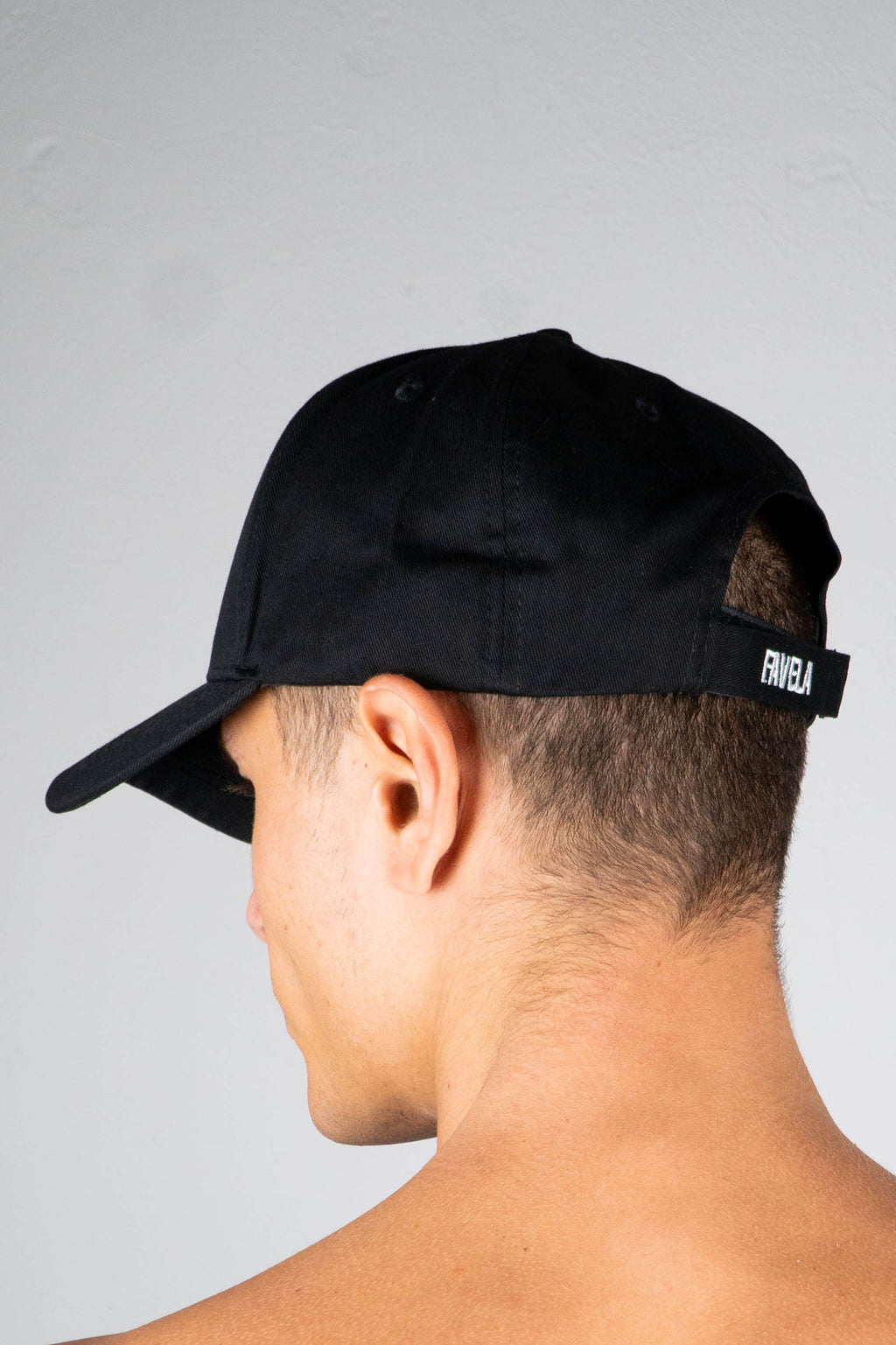 BLACK COTTON TRUCKER CAP