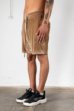 CARAMEL VELVET SWEAT SHORTS