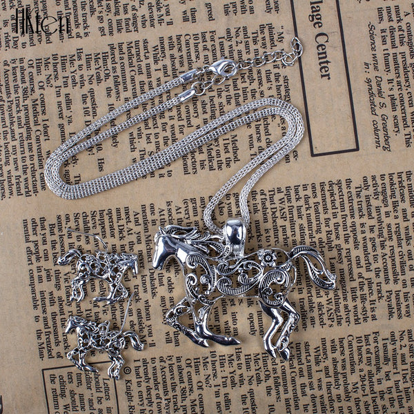 Running Horse Silver Earrings & Necklace Set