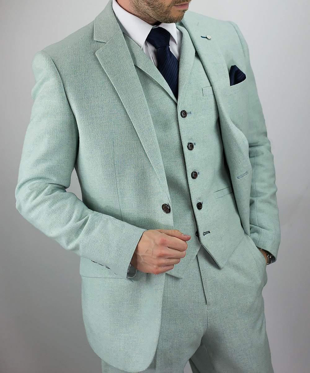 Tweed Suits From House Of Cavani